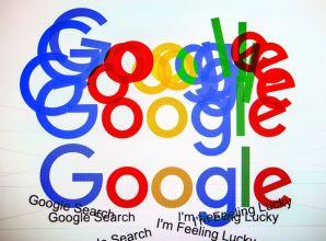 أستراليا تقترب من إرضاخ غوغل وفيسبوك للدفع مقابل الأخبار