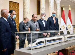 """""""سيمنز"""" تنفذ شبكة قطار كهربائى في مصر بتكلفة 23 مليار دولار"""