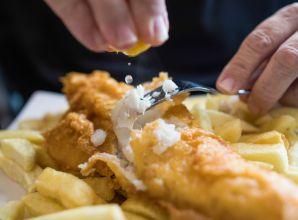 """هل يختفي طبق السمك والبطاطا البريطاني الشهير بسبب """"بريكست"""""""
