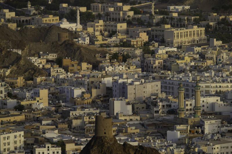 جانب من حي المدينة القديمة في العاصمة العمانية مسقط