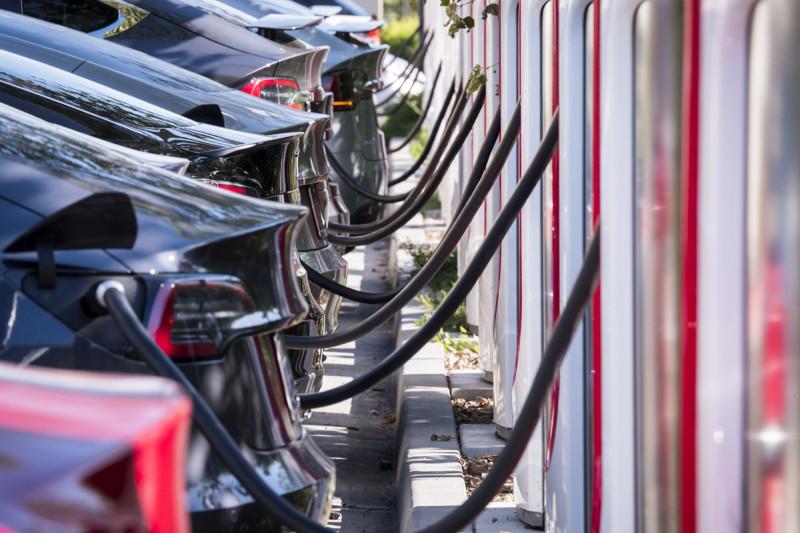 سيارات تسلا حققت مبيعات قوية في الربع الأول من 2021
