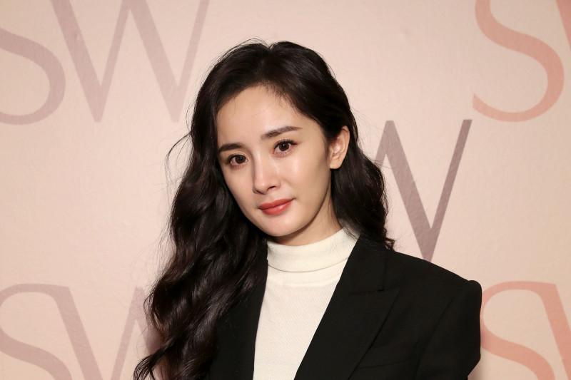 تعرضت الممثلة الصينية يانغ مي، لانتقادات مؤخراً بسبب نشرها لوزنها على وسائل التواصل