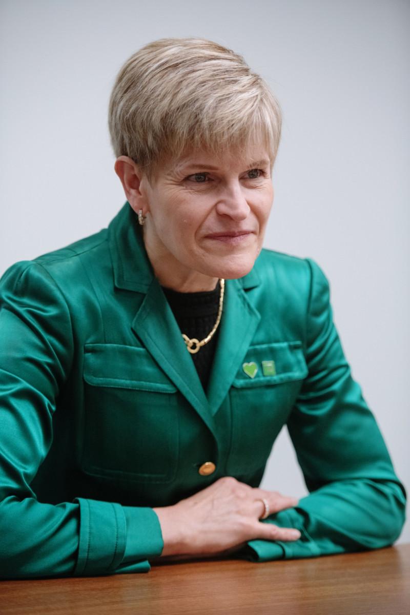 """تيري كوري رئيسة الخدمات المصرفية الشخصية في بنك """"تورنتو دومينيون"""" الكندي، خلال مقابلة أجرتها في مبنى """"تورنتو دومينيون"""" بتورنتو أونتاريو كندا يناير 2019"""