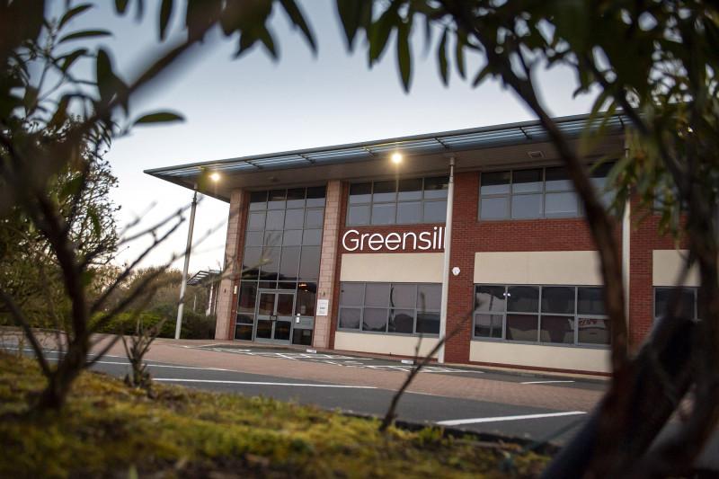 """مكاتب شركة """"غرينسيل كابيتال"""" بالقرب من مدينة وارينغتون في إنجلترا"""