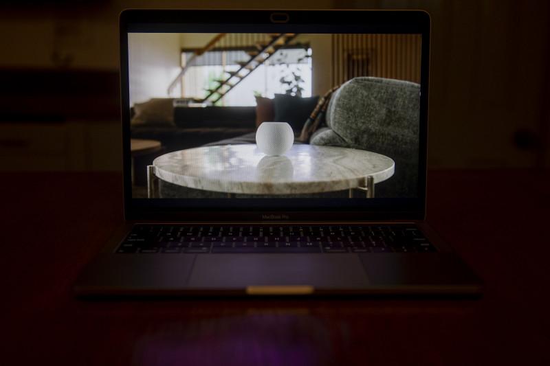 """الكشف عن مكبر الصوت """"هوم بود ميني"""" من شركة """"آبل"""" أثناء حفل إطلاق افتراضي"""