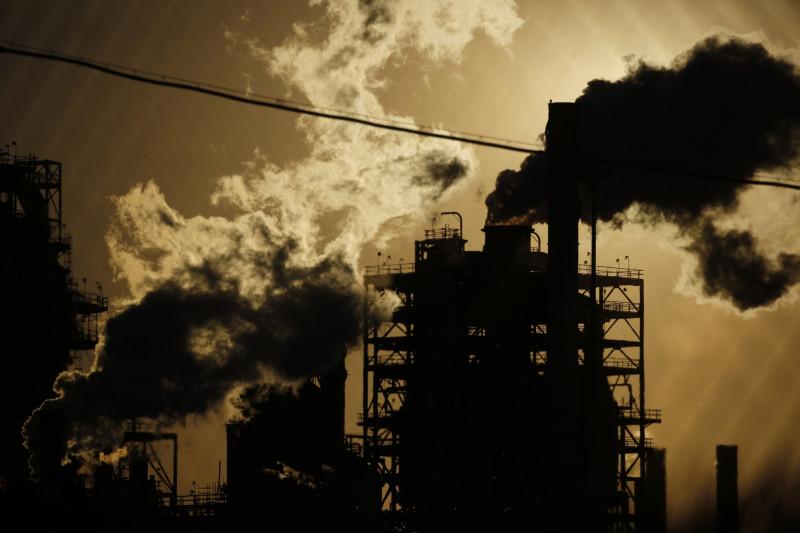 ارتفاع الانبعاثات من مصفاة رويال داتش شل في لويزيانا الولايات المتحدة