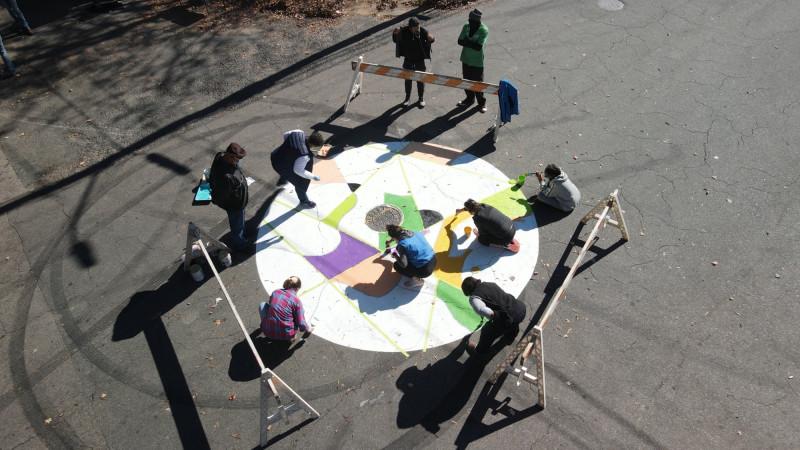 يرسم سكان شرق دورهام دائرة تهدئة حركة المرور على ممر شارع مشترك
