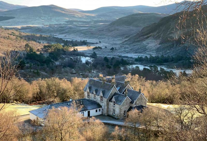 محمية ألاديل البرية في شمال اسكتلندا