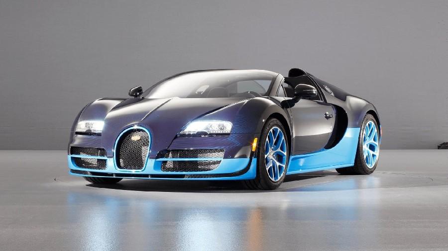 بوغاتي فيرون 16.4 (Bugatti Veyron 16.4)، 1.8 مليون دولار أمريكي