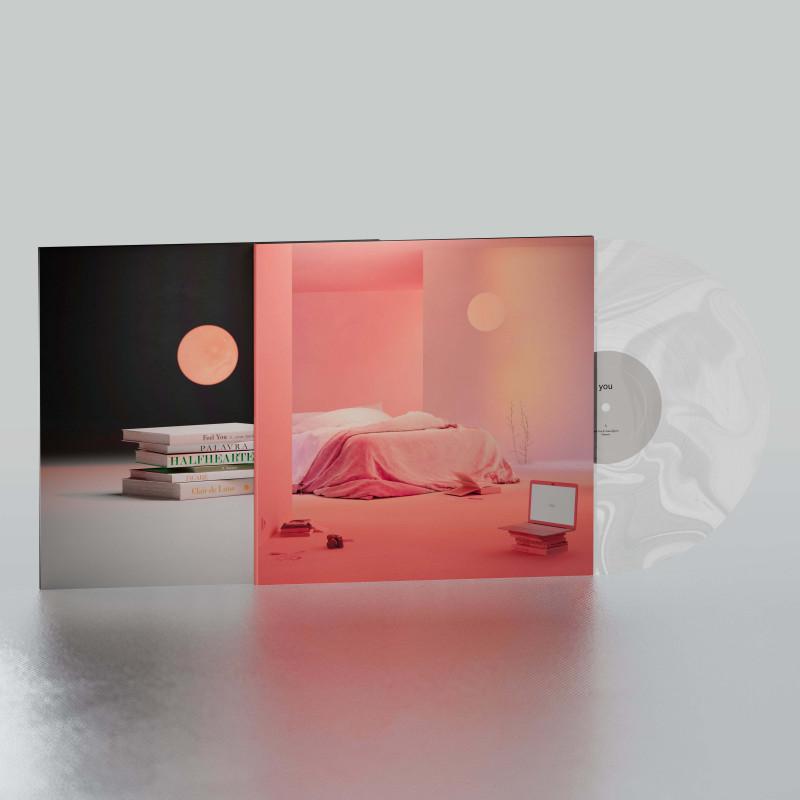 """حصل الفنان أنجوس على 708 ألف دولار مقابل بيع مجموعة من الرموز المشفرة غير القابلة للاستبدال من ألبومه الأخير """"YOU"""""""