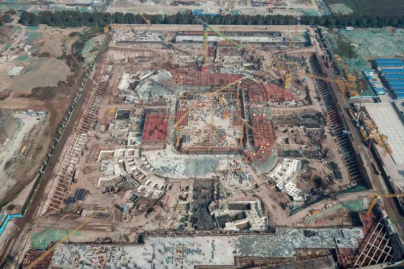 """ملعب غوانزو """"إيفرغراند"""" لكرة القدم قيد الإنشاء في ديسمبر"""