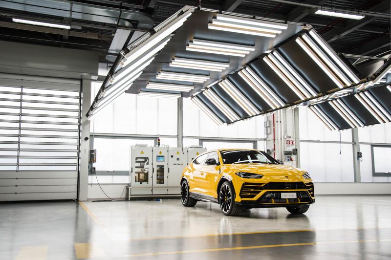 """سيارة """"أوروس"""" ضمن أكثر السيارات مبيعاً لدى شركة """"لامبورغيني"""""""