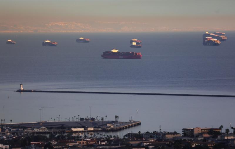 شركات تشترط عدم تبديل أطقم السفن تجنباً للتكلفة المرتفعة والتأخير في ظل الإجراءات الاحترازية الخاصة بفيروس كورونا