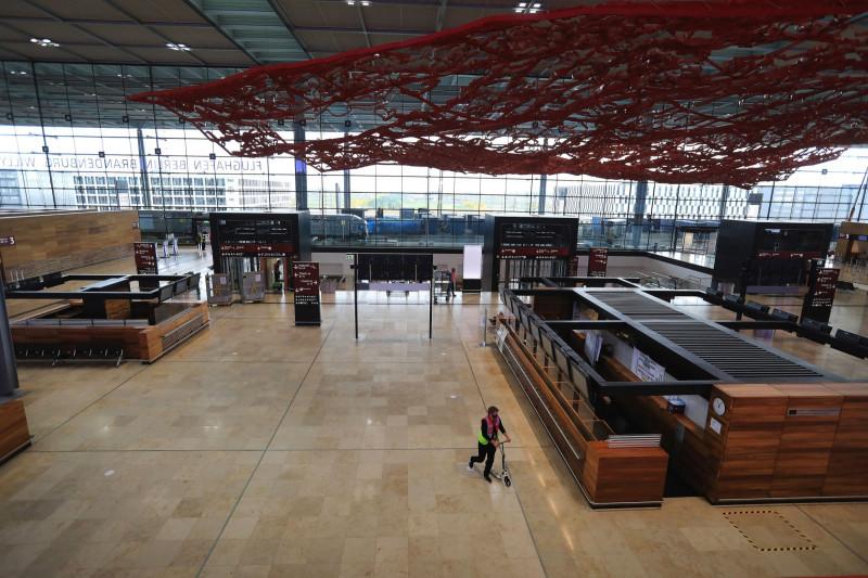 المحطة الرئيسية في مطار برلين براندنبورغ