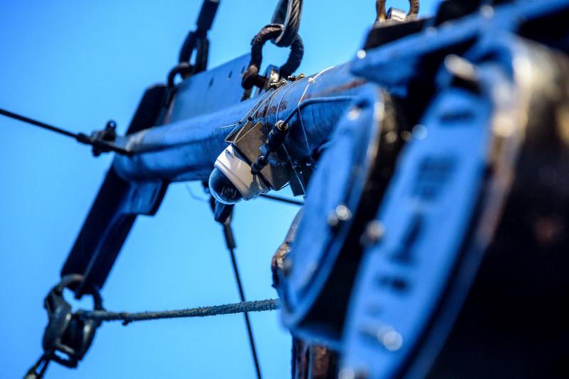 إحدى كاميرات المراقبة الإلكترونية على متن سفينة صيد.