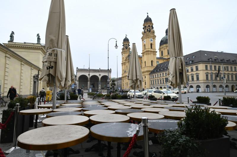 الشركات الألمانية تنتقد الحكومة بسبب عدم وضوح رؤية فتح الاقتصاد