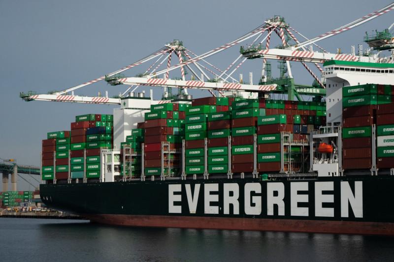 تكلفة الشحن شهدت قفزة كبيرة بسبب زيادة الطلب خصوصاً من الصين