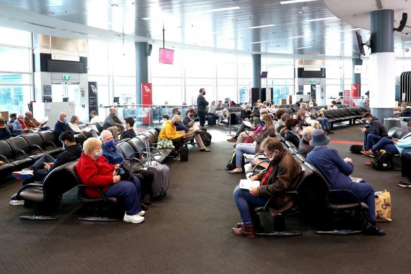 وقع مطار سيدني ضحية لجائحة كورونا خاصة بعد إغلاق البلاد منذ مارس 2020، لتتكبد الشركة صافي خسائر بلغت حوالي 145.6 مليون دولار أسترالي خلال العام الماضي