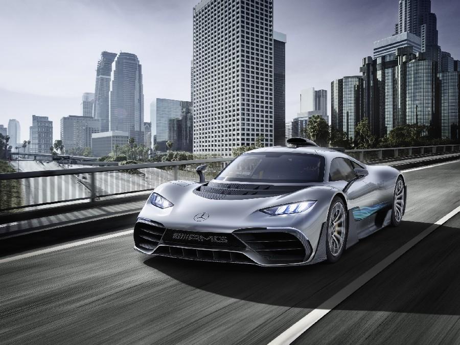 مرسيدس إيه إم جي بروجيكت ون (Mercedes-AMG Project ONE)، 2.6 مليون دولار أمريكي