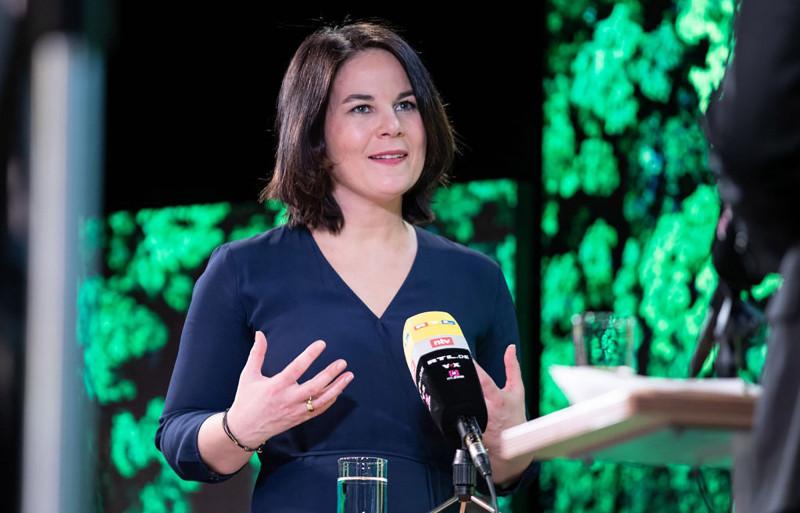 أنالينا بيربوك، الرئيسة المشاركة لحزب الخضر في ألمانيا