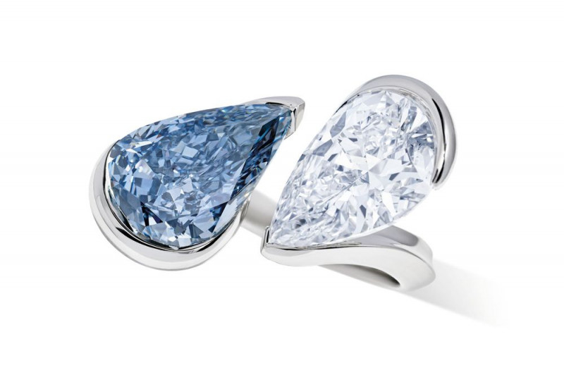 خاتم كريستيز من الألماس الأزرق بيع بـ9254.6 دولار