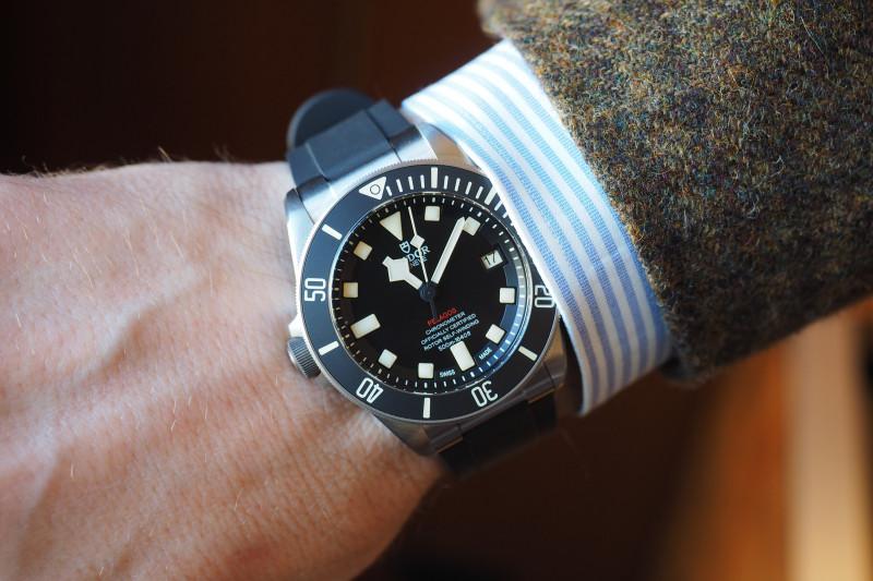 "ساعة ""تيودور بيلاغوس"" مصممة لليد اليسرى"