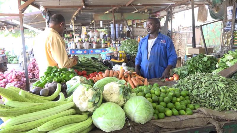 سوق خضروات في السودان