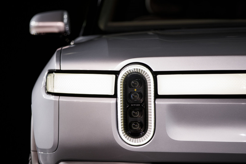 سيارة ريفيان الكهربائية