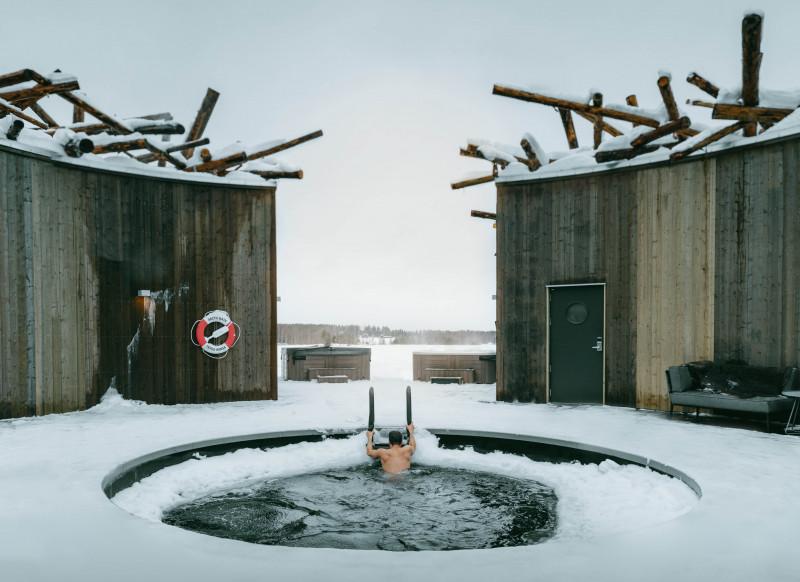 بركة غطس جليدية في فندق Arctic Bath