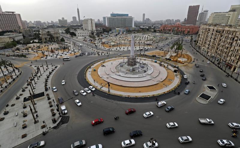ميدان التحرير وسط القاهرة عاصمة مصر