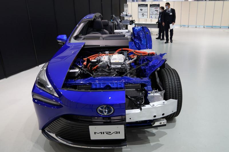 مصنعو السيارات القدامى لديهم مخاوف من شركات السيارات الكهربائية