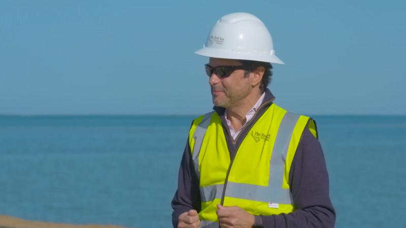 جون باغانو الرئيس التنفيذي لشركة البحر الأحمر للتطوير
