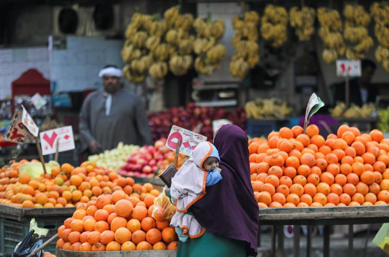 سوق فواكه في مصر